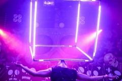 LED-giant-cube-02