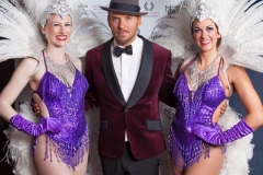 Vegas-Show-Girls-and-Matt-Goss