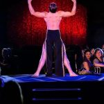 Burlesque-performer-20