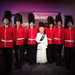 Event-Dancers-UK-Flash-Mobile-Dancers-Palace-Guards-British-Themed-Events